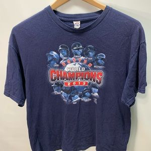 Red Sox Mens XL 2013 World Series Champion t-shirt